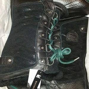 New in box Sorel Tofino II Lux boot size 8.5 black